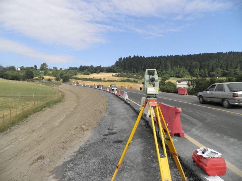 Estudio topográfico del trazado de una carretera