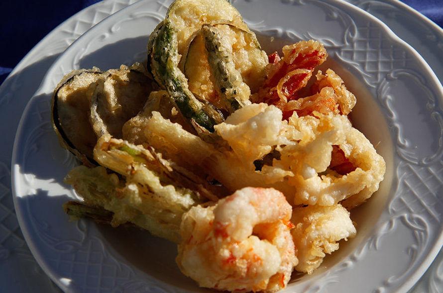 Tempura de langostinos, calamarcitos y verduras Cadaqués