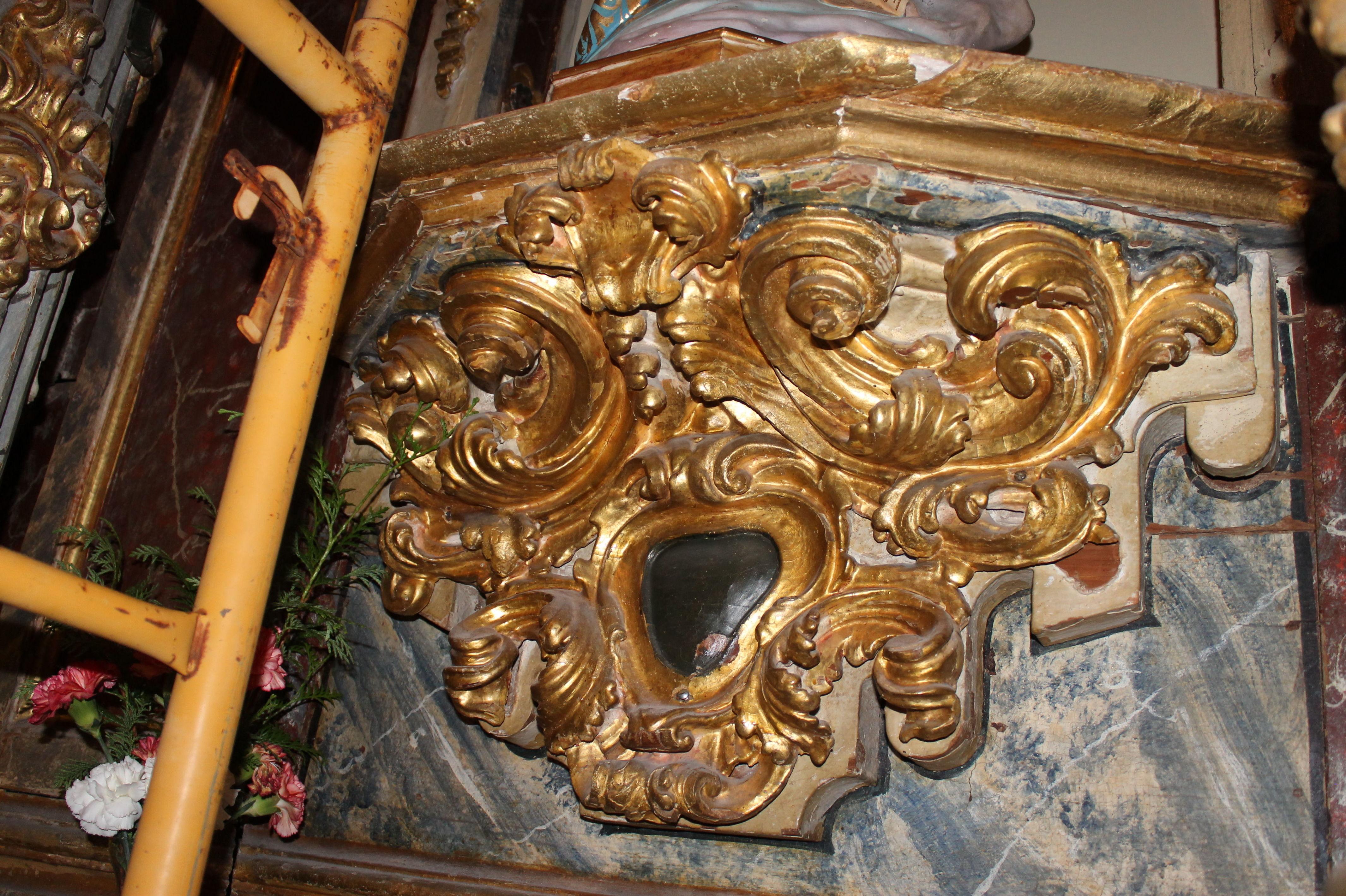 Carpintería de elementos decorativos en iglesias