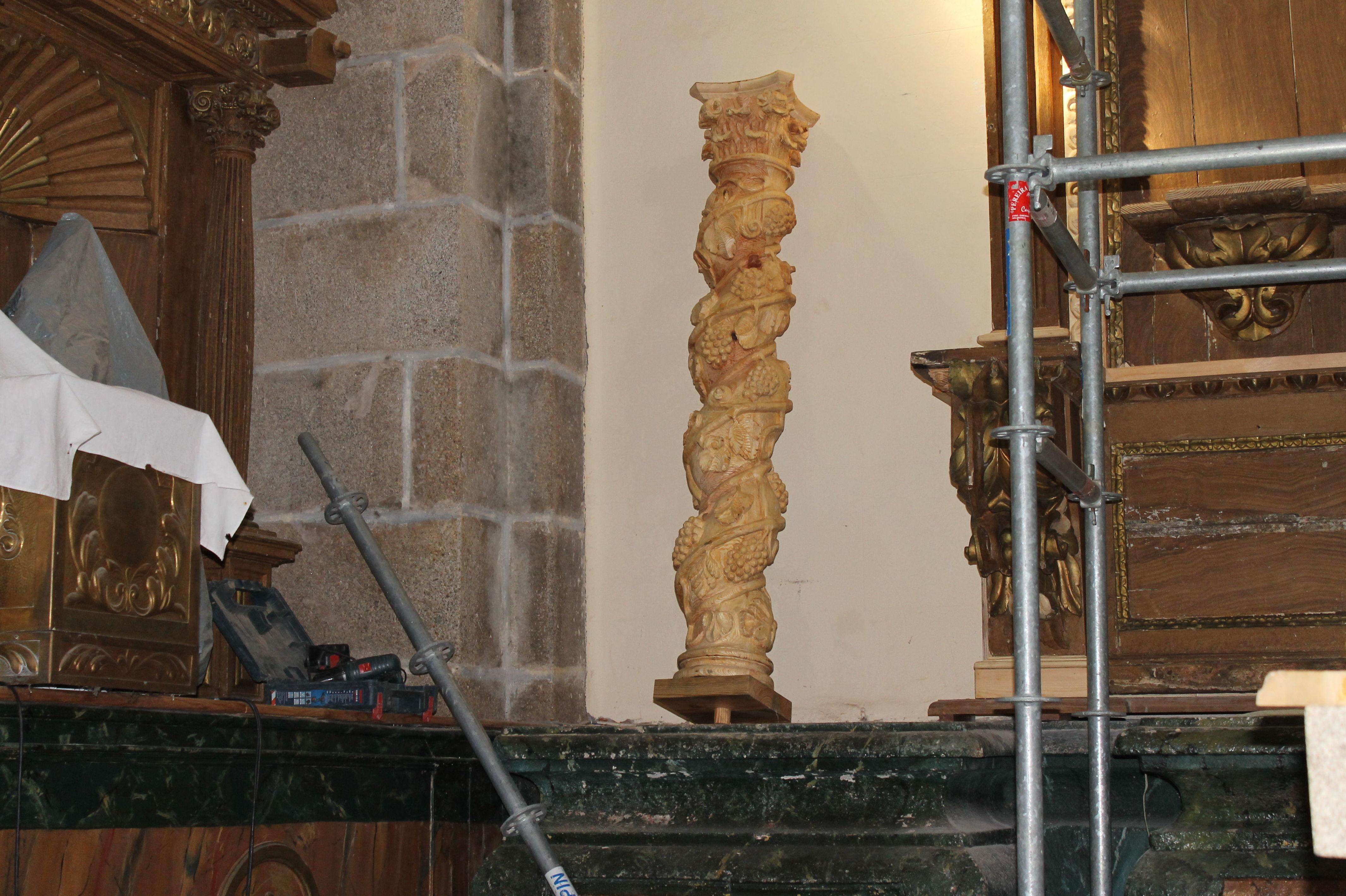 Restauración de retablo de iglesia en Salamanca