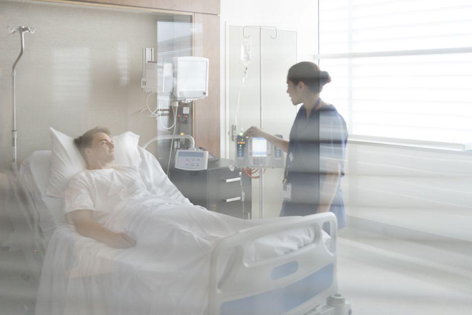 Cuidado de enfermos en hospitales de Madrid