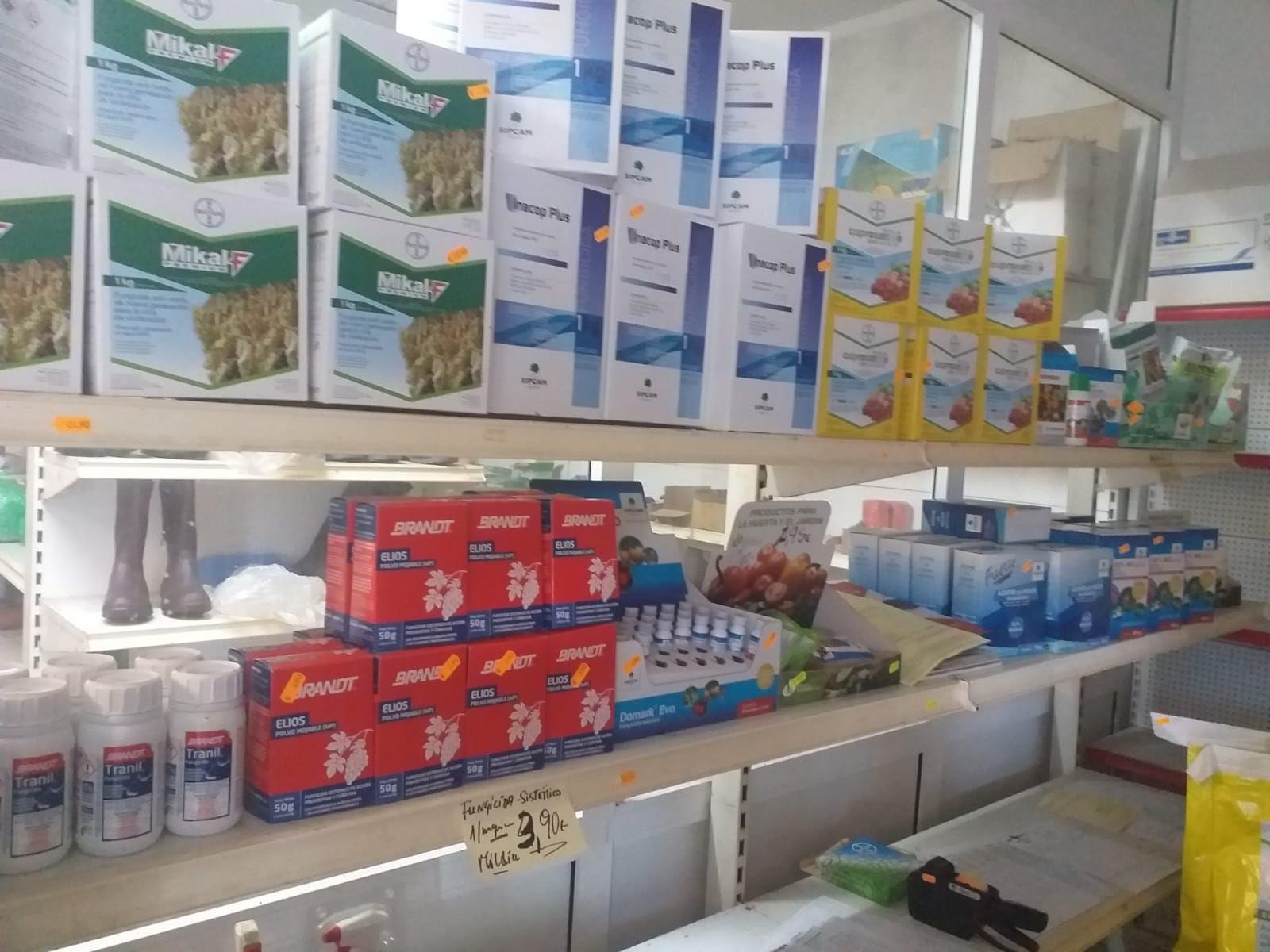 Venta de productos agrícolas en Coles