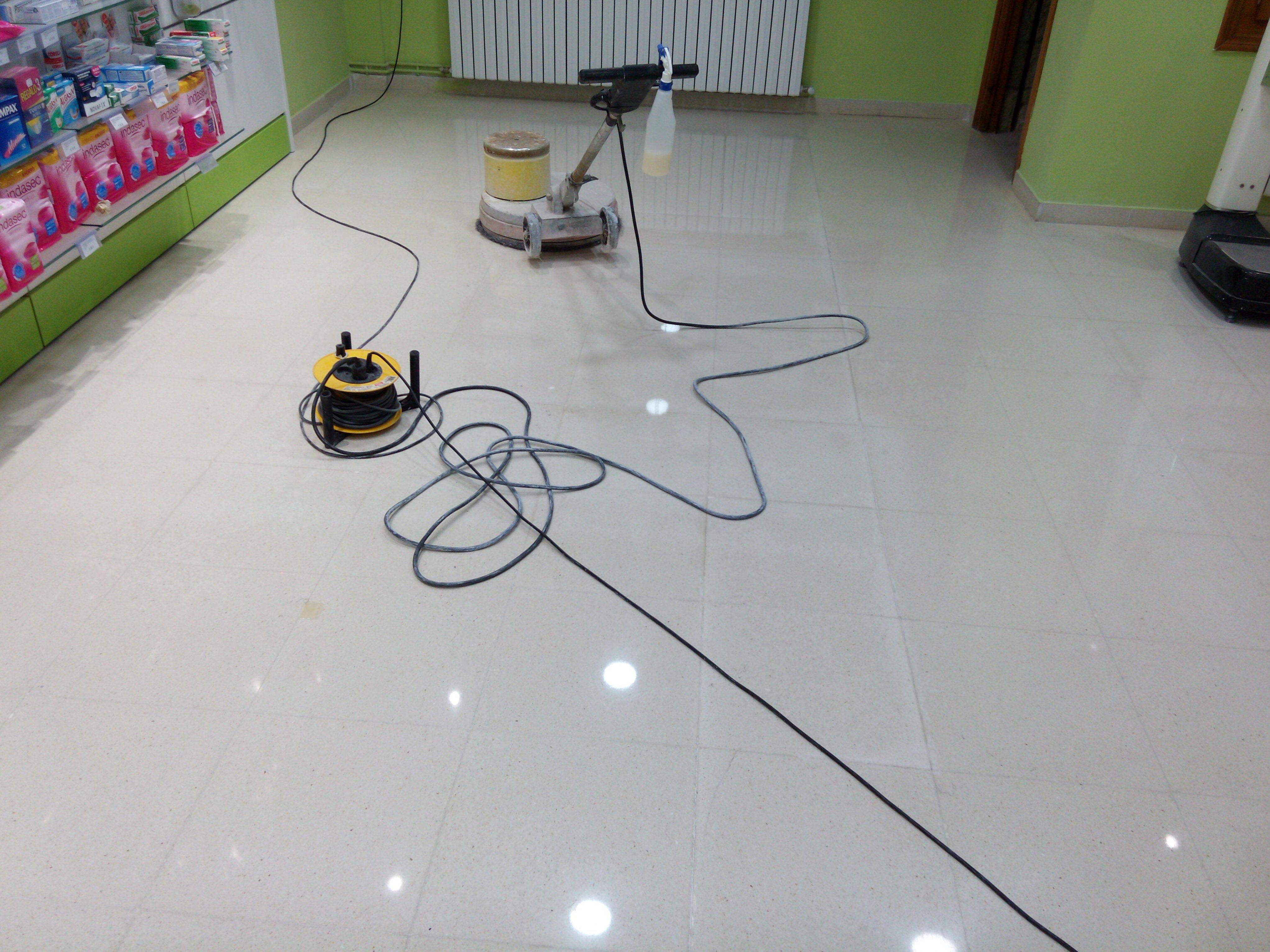 Equipos de calidad para limpieza de suelos