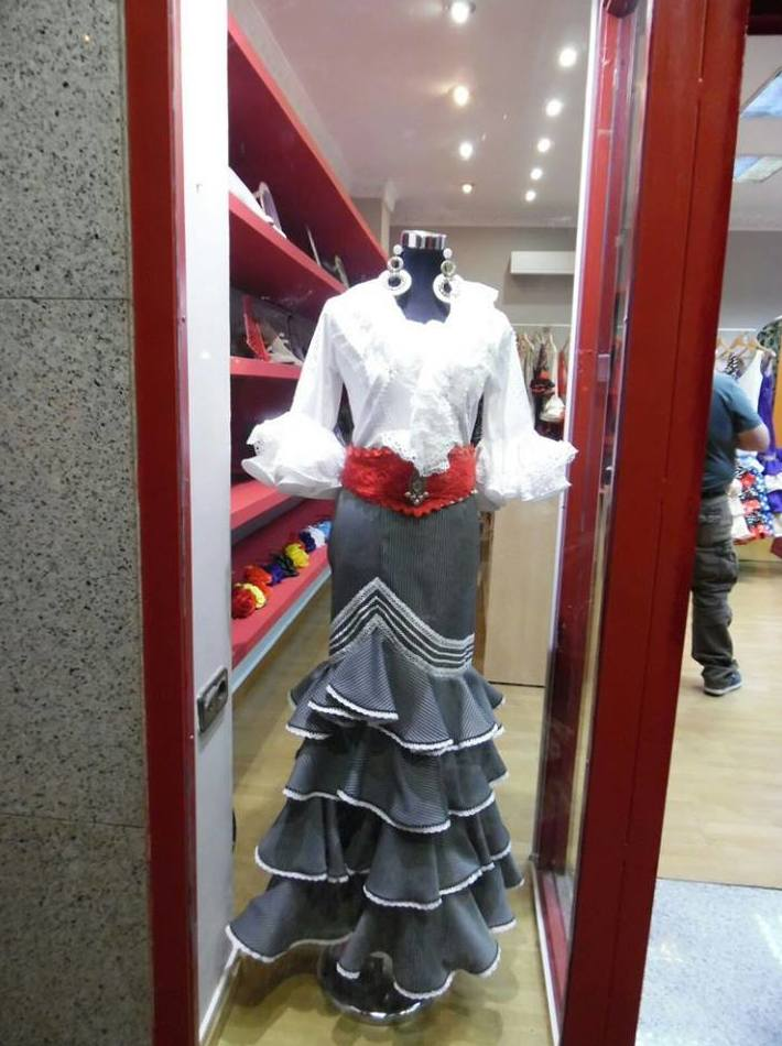 Trajes flamencos en Zaragoza