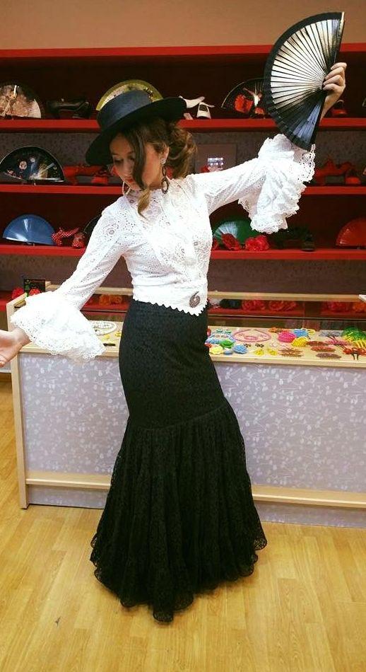 La Flamenquilla, trajes de flamenca en Zaragoza