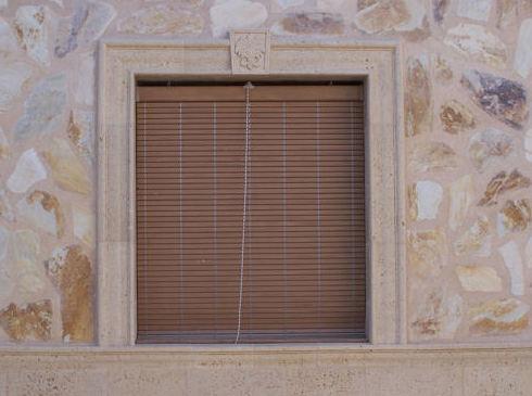 Recercado de ventanas en piedra artificial