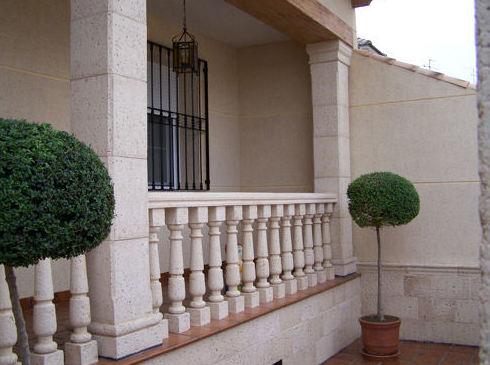 Balaustres en piedra artificial