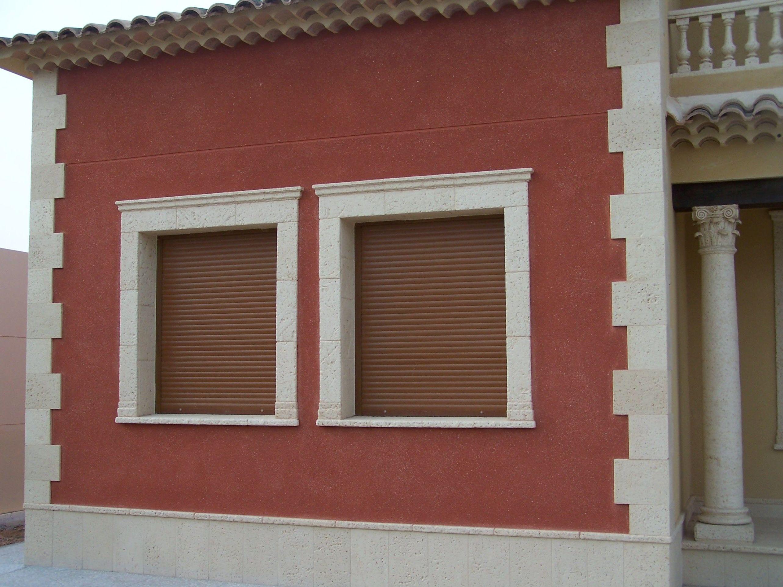 Aplicación de hormigón decorativo en fachadas