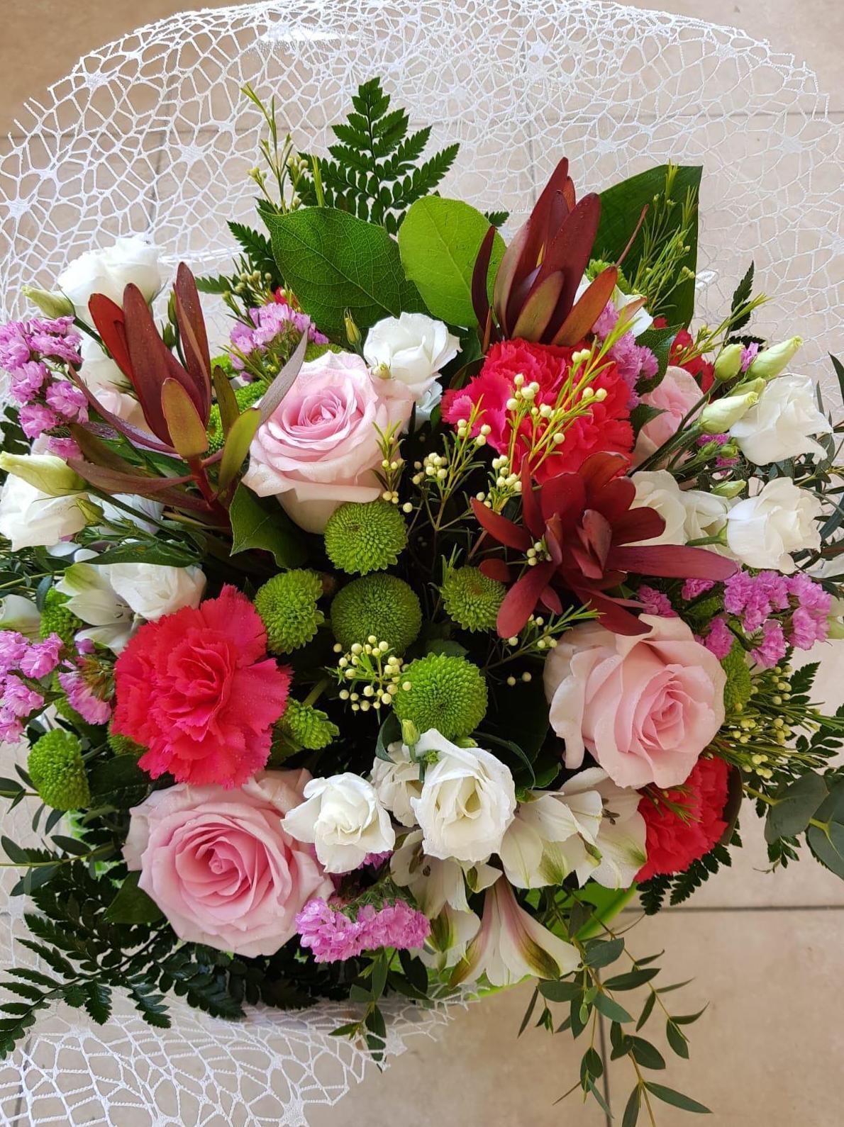 Foto 26 de Decoraciones florales en    Floristería Abolengo
