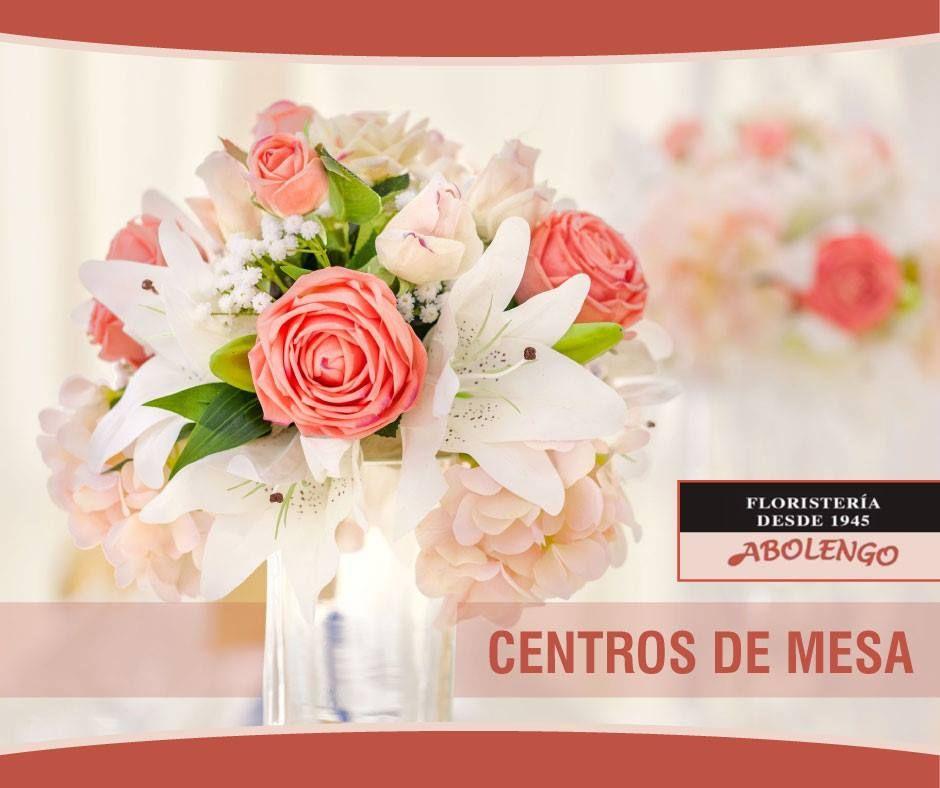 En Floristería Abolengo diseñamos bellos centros de mesa, para que embellezcas tu salón, cuando tengas una fiesta o planees recibir invitados por pocos que sean. Las flores alegran y transmiten emociones.
