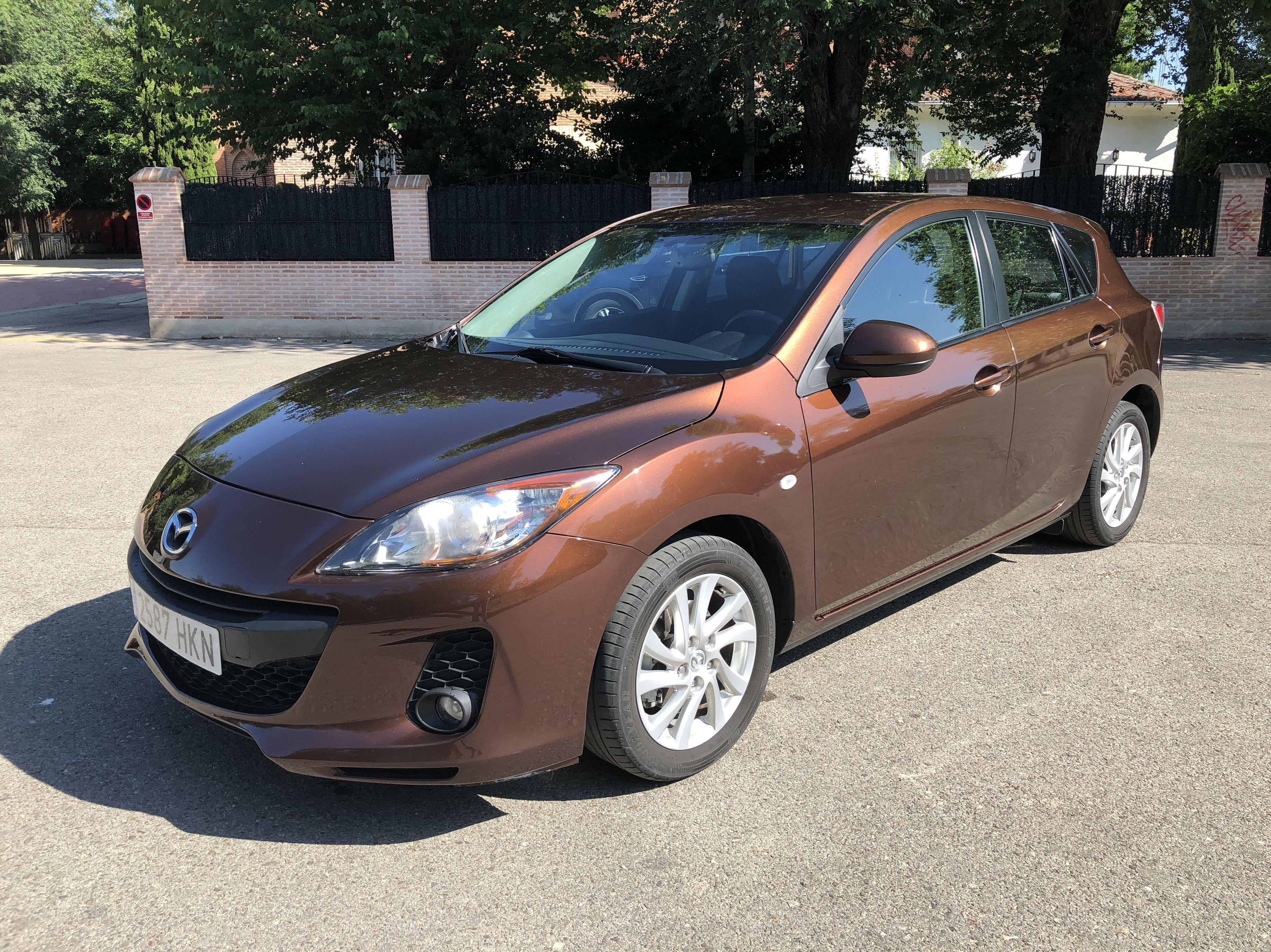 Mazda 3 1.6 CRTD 115 cv Pulse: Todo nuestro stock de M&C Cars }}