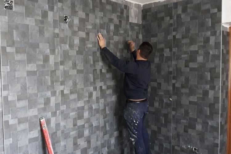 Alicatado de paredes