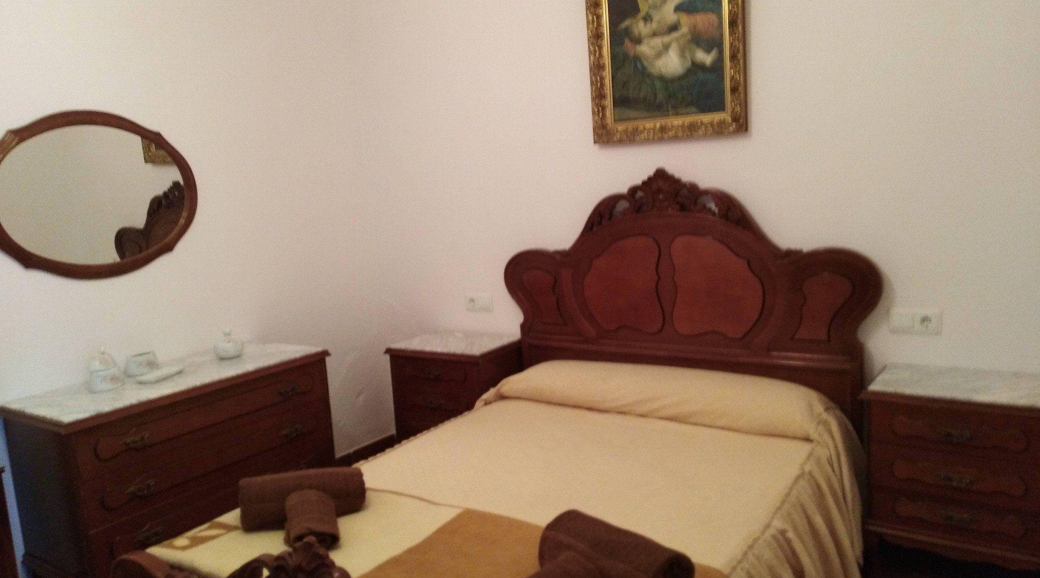 Habitación de matrimonio en Archidona