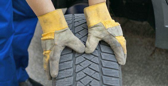 Reparación de pinchazos: Productos y servicios de Neumáticos Teodoro