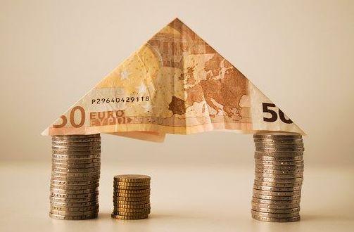 La Banca Prepara Un 'Manguerazo' De Crédito Hacia El Sector Inmobiliario