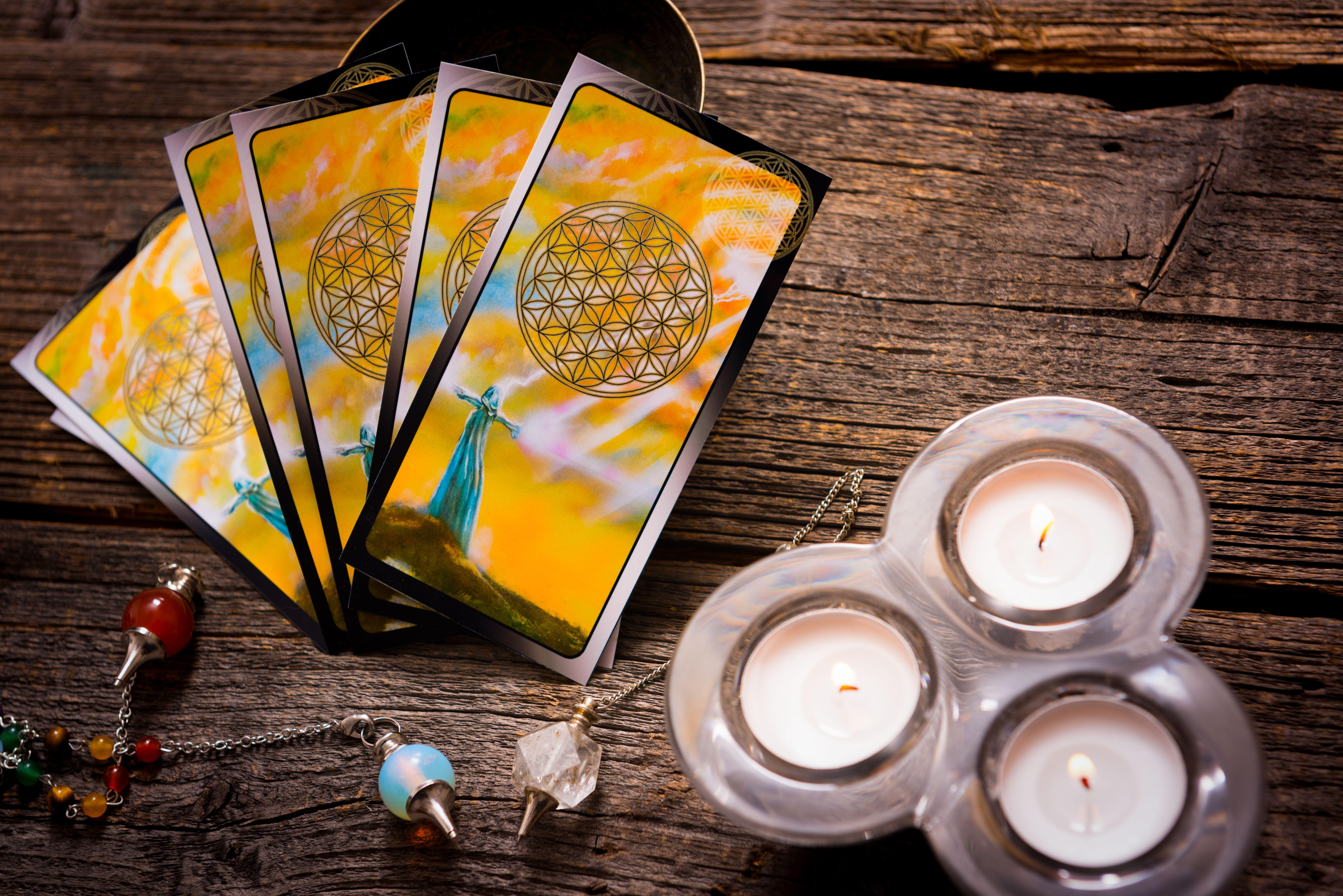 Tarot del amor: Servicios de LeoTarot