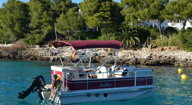 Pontoon Boat: Services de Aqua Xtrem