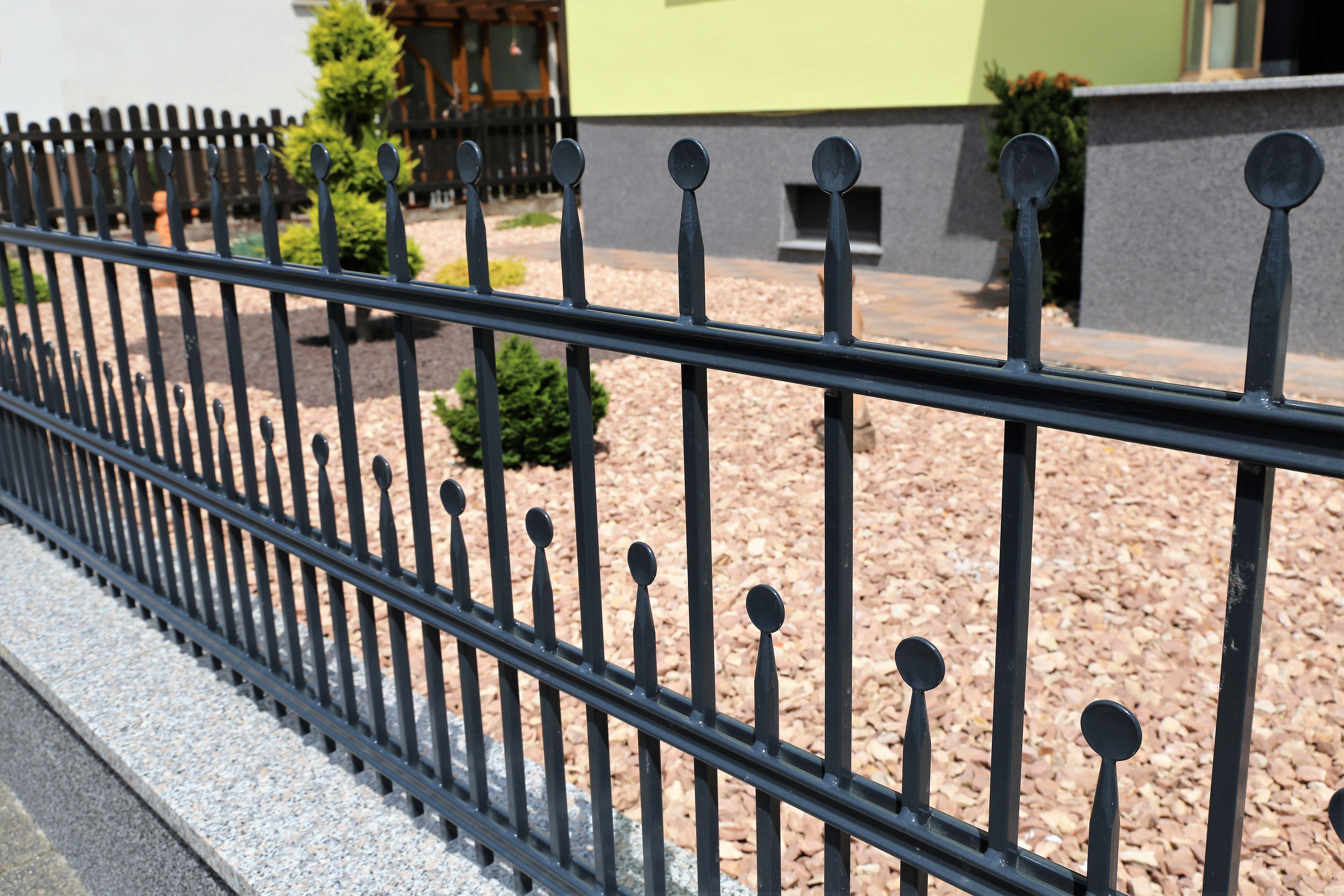 Cerramientos y vallas: Servicios de Construcciones Metálicas Metalvil