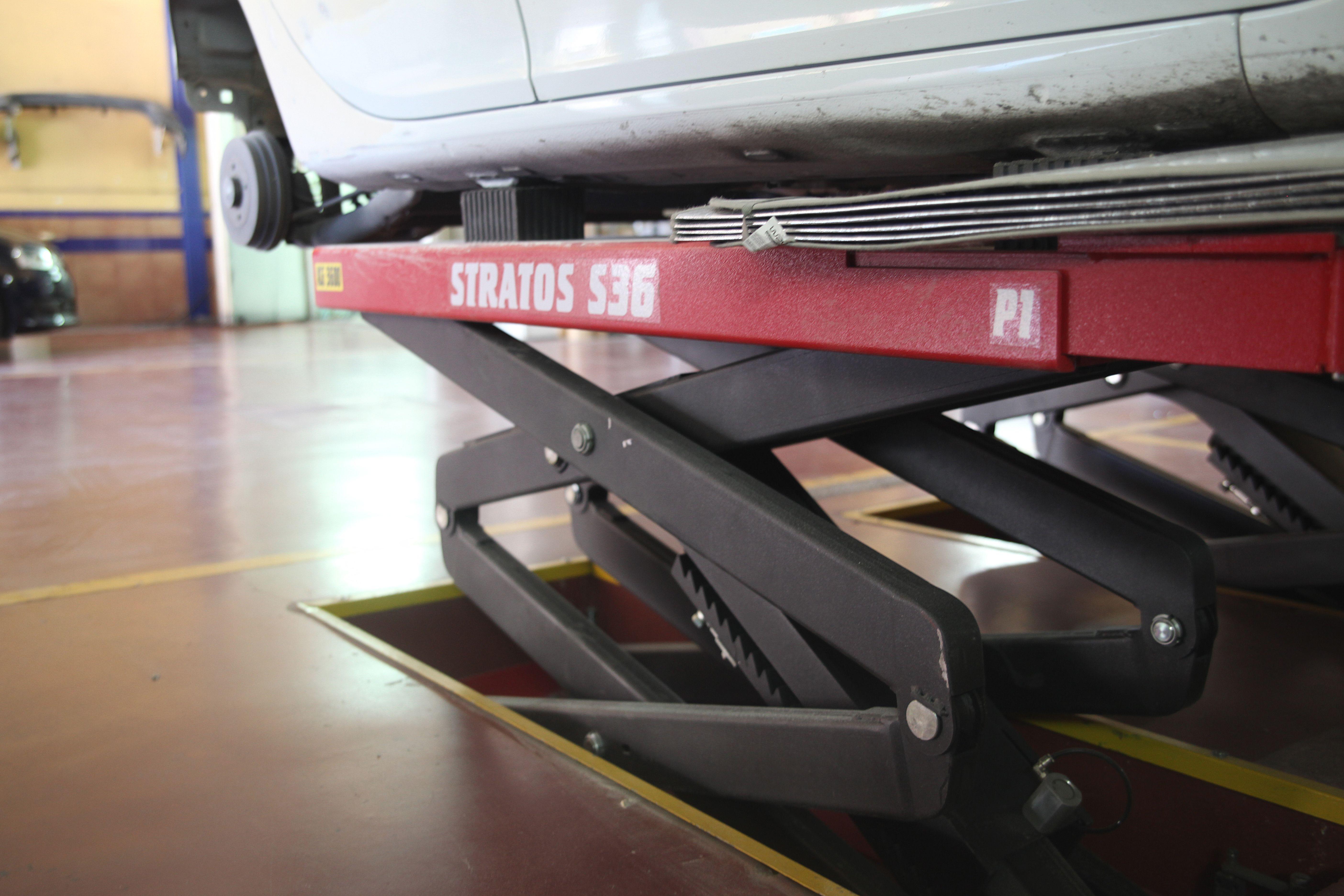 Foto 5 de Talleres de automóviles en Bormujos | Taller Juan Gaviño