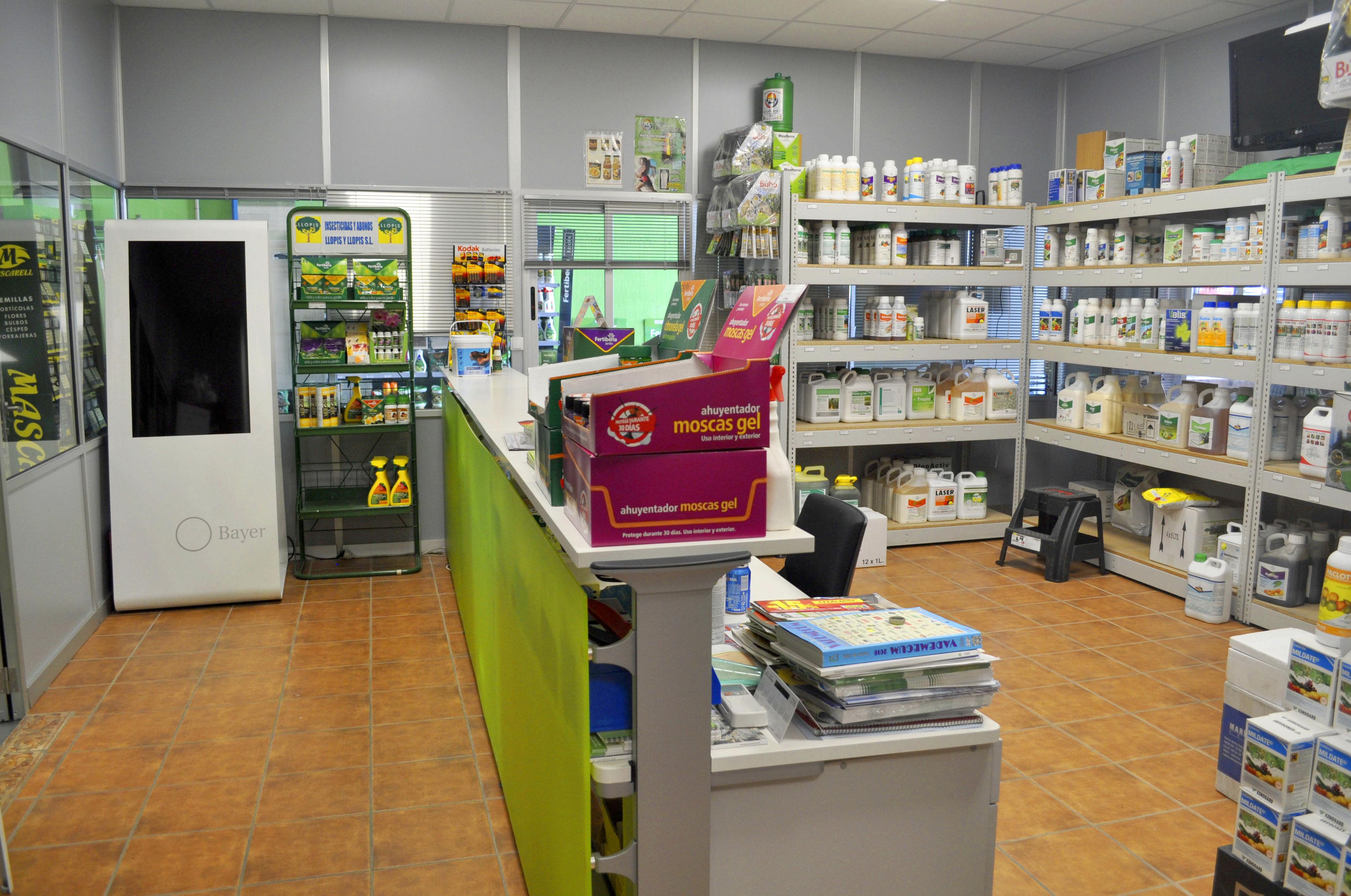 Foto 8 de Insecticidas y abonos en XATIVA | Insecticidas y abonos Llopis y Llopis S.L.
