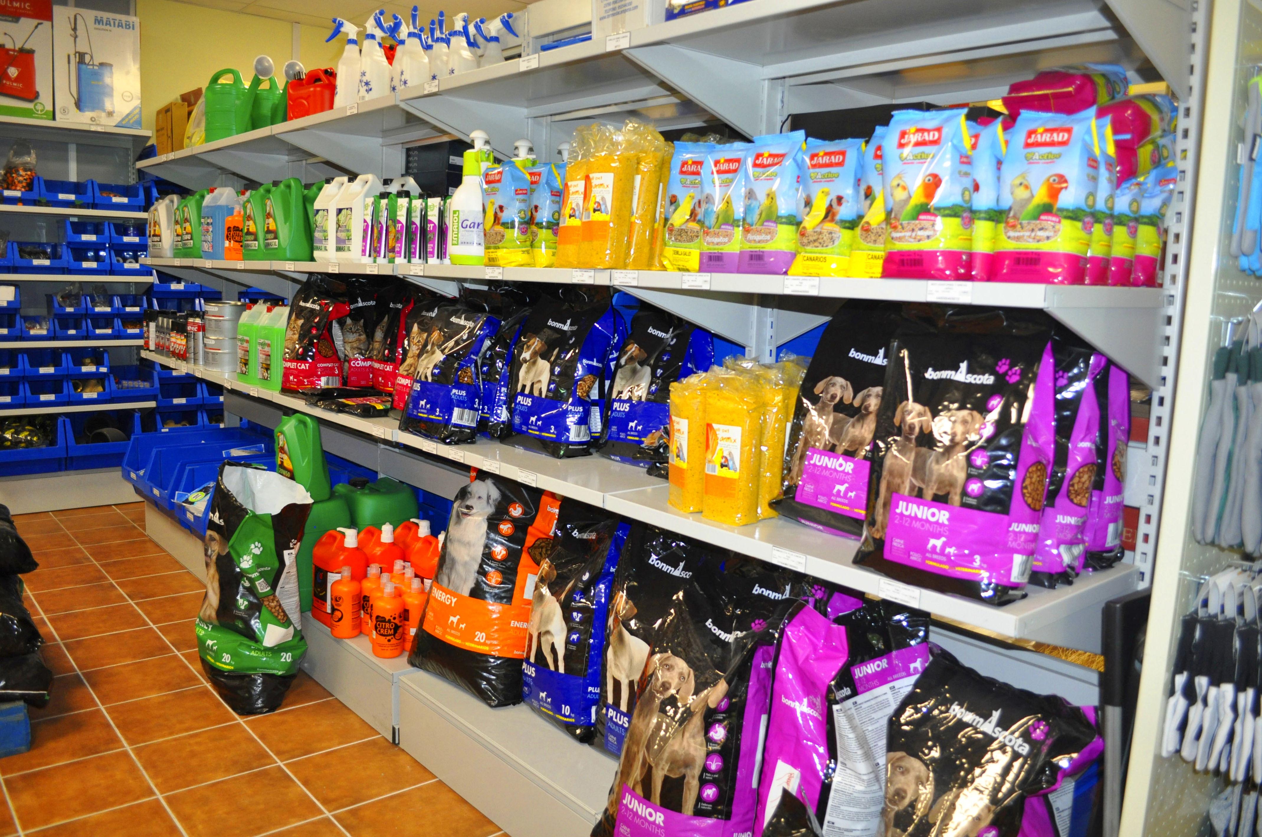 Foto 14 de Insecticidas y abonos en XATIVA | Insecticidas y abonos Llopis y Llopis S.L.