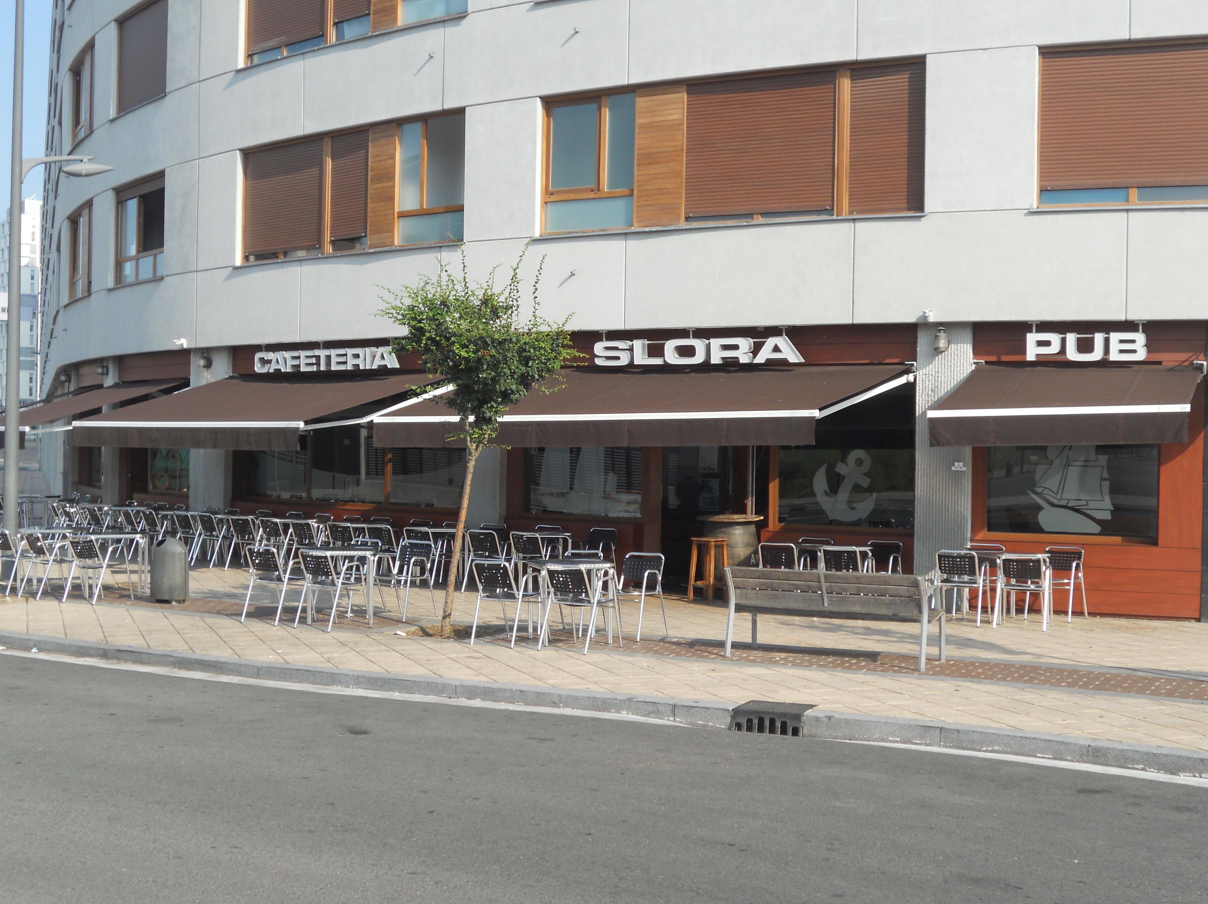 Foto 43 de Cafetería en Vitoria-Gasteiz | Slora