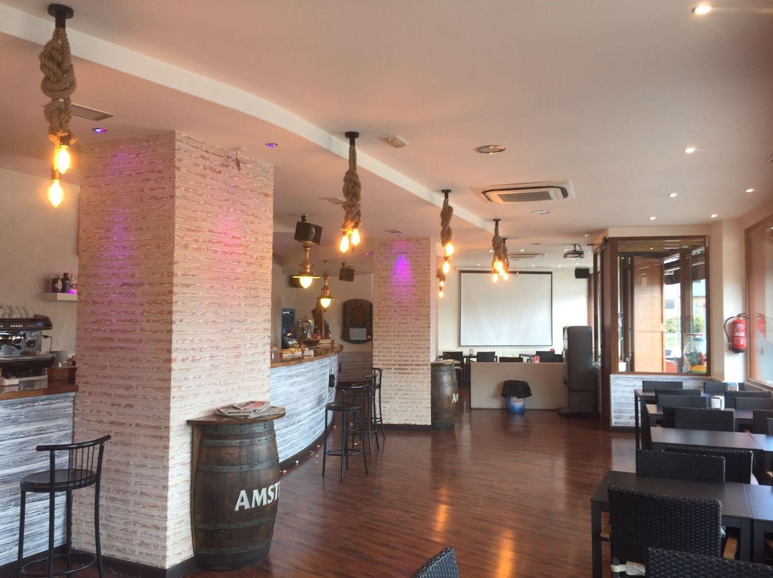 Foto 45 de Cafetería en Vitoria-Gasteiz | Slora