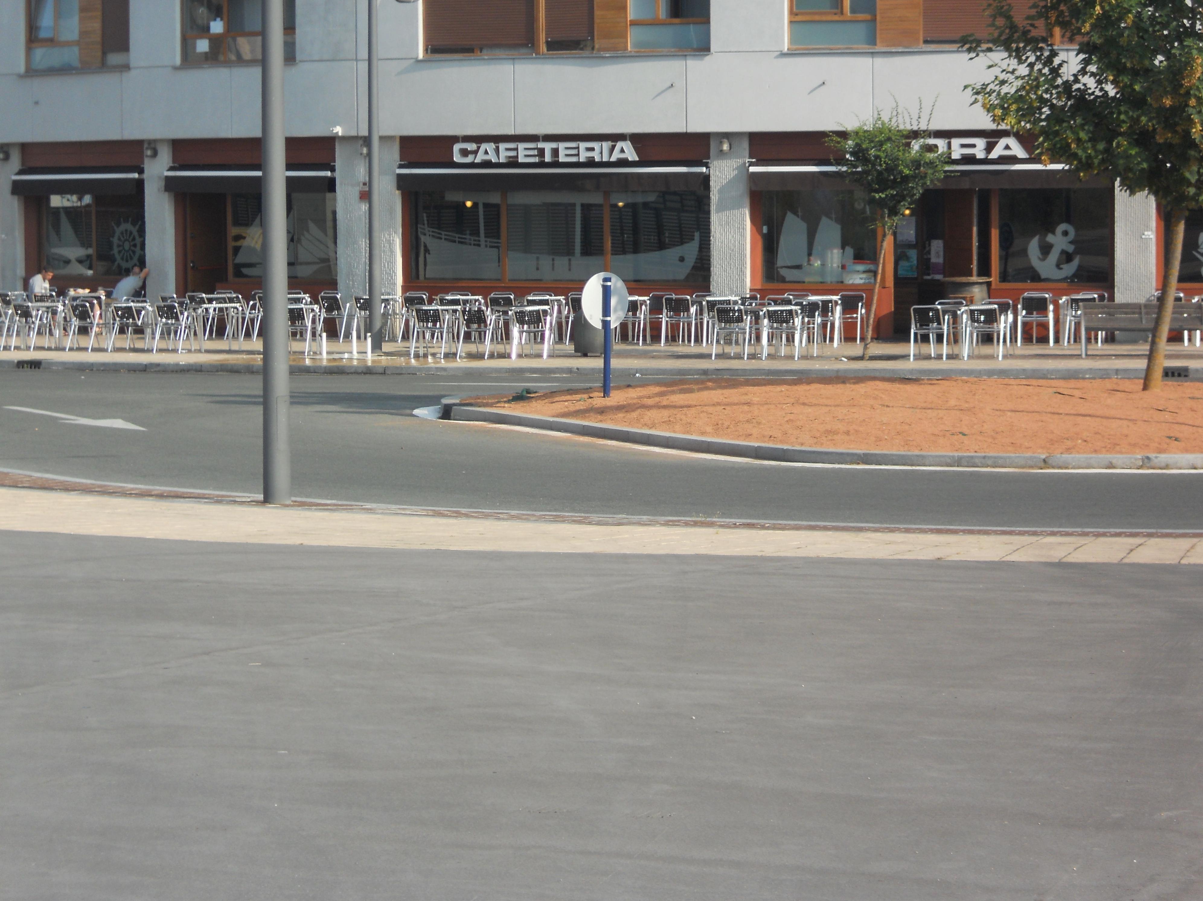 Foto 39 de Cafetería en Vitoria-Gasteiz | Slora