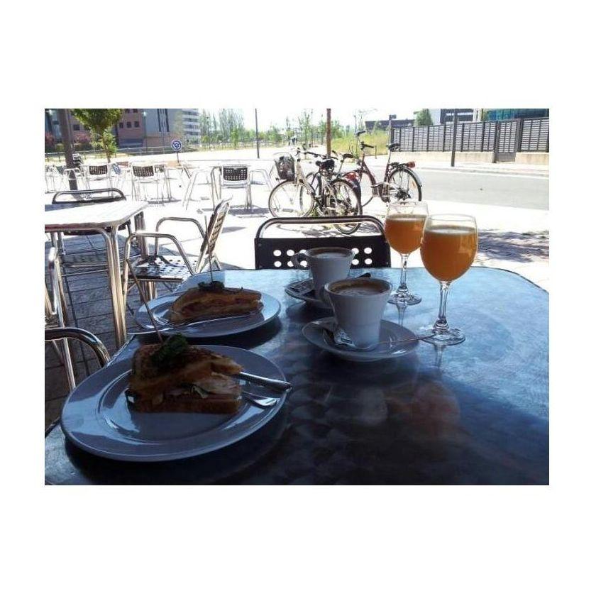 Desayunos y almuerzos: Especialidades de Slora