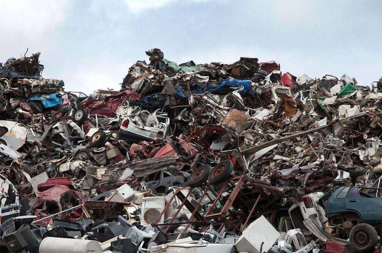 Reciclado de chatarra, cartón y plástico: Servicios de Chatarras Marton
