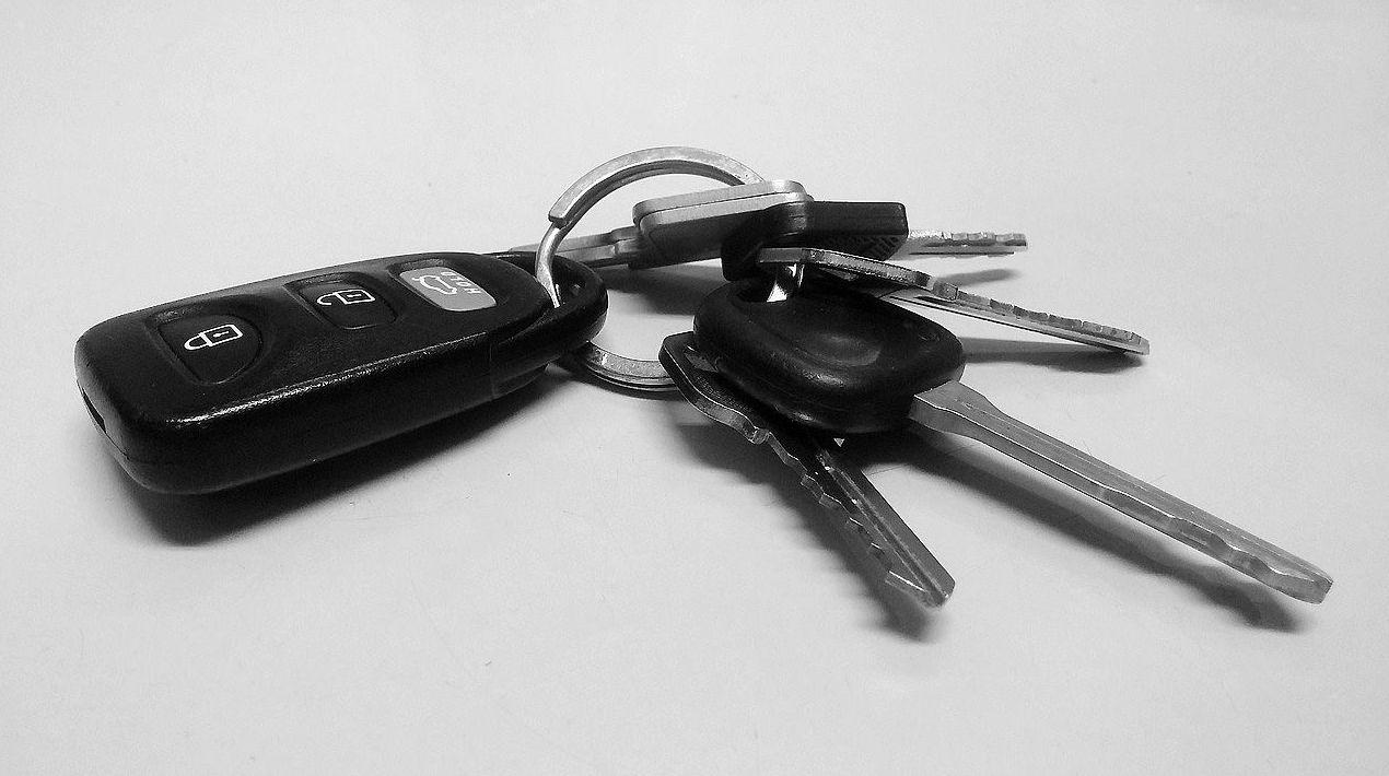 Mandos de coche y de garaje en Tudela