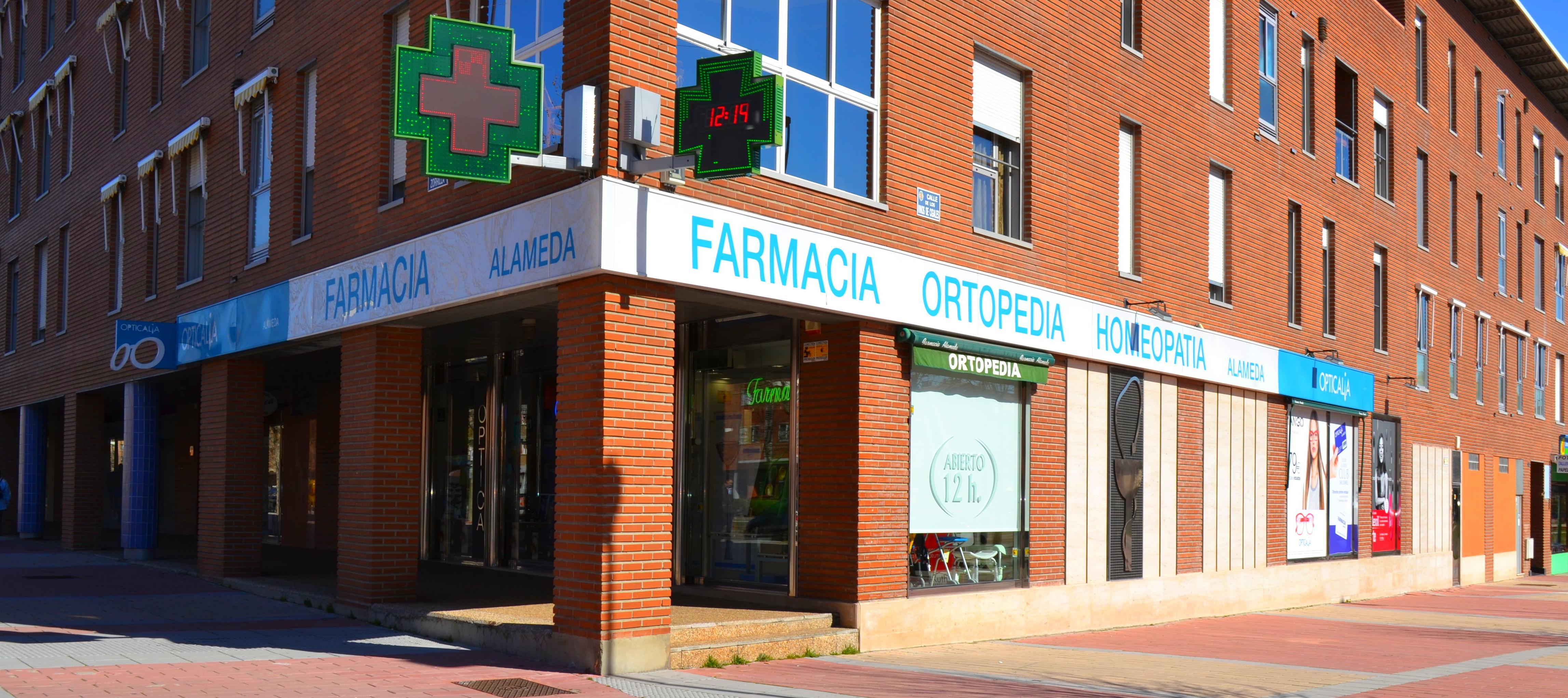 Foto 1 de Farmacias en Valladolid | Farmacia Parque Alameda