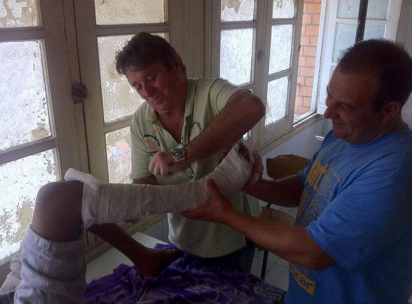 Foto 1 de Médicos especialistas Cirugía ortopédica y Traumatología en Málaga | Rafael Casielles, Dr.