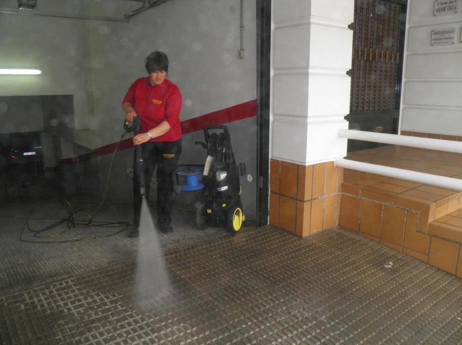 Limpiezas de mantenimiento de garajes en Murcia