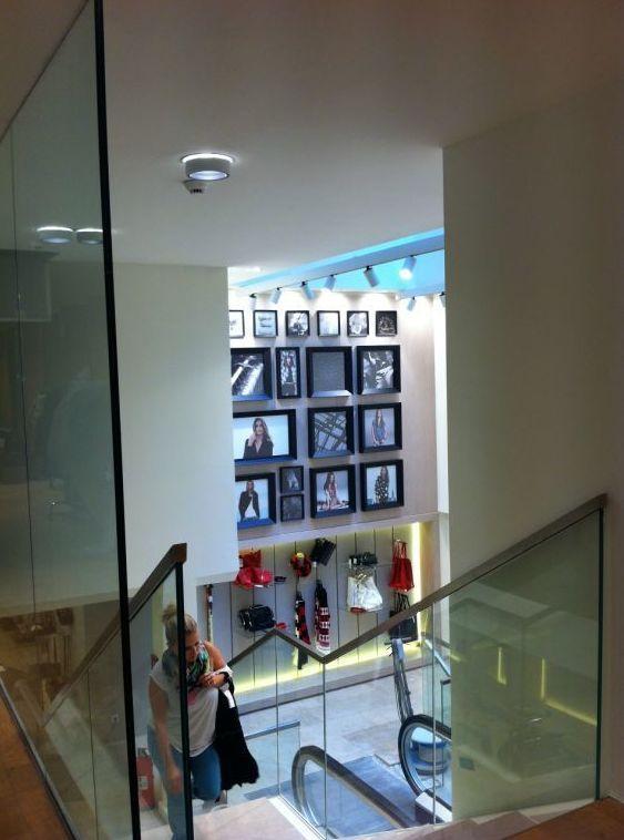affordable gallery of puertas correderas de cristal mamparas de bao madrid with precio puerta corredera cristal with puerta corredera cristal bao - Puerta Corredera Bao