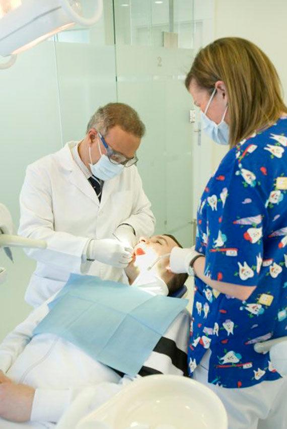 Foto 6 de Clínicas dentales en Gijón/Xixón | Dens Clínica Dental