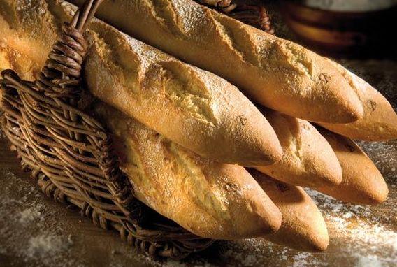 Pan recién horneado: Especialidades de El Horno