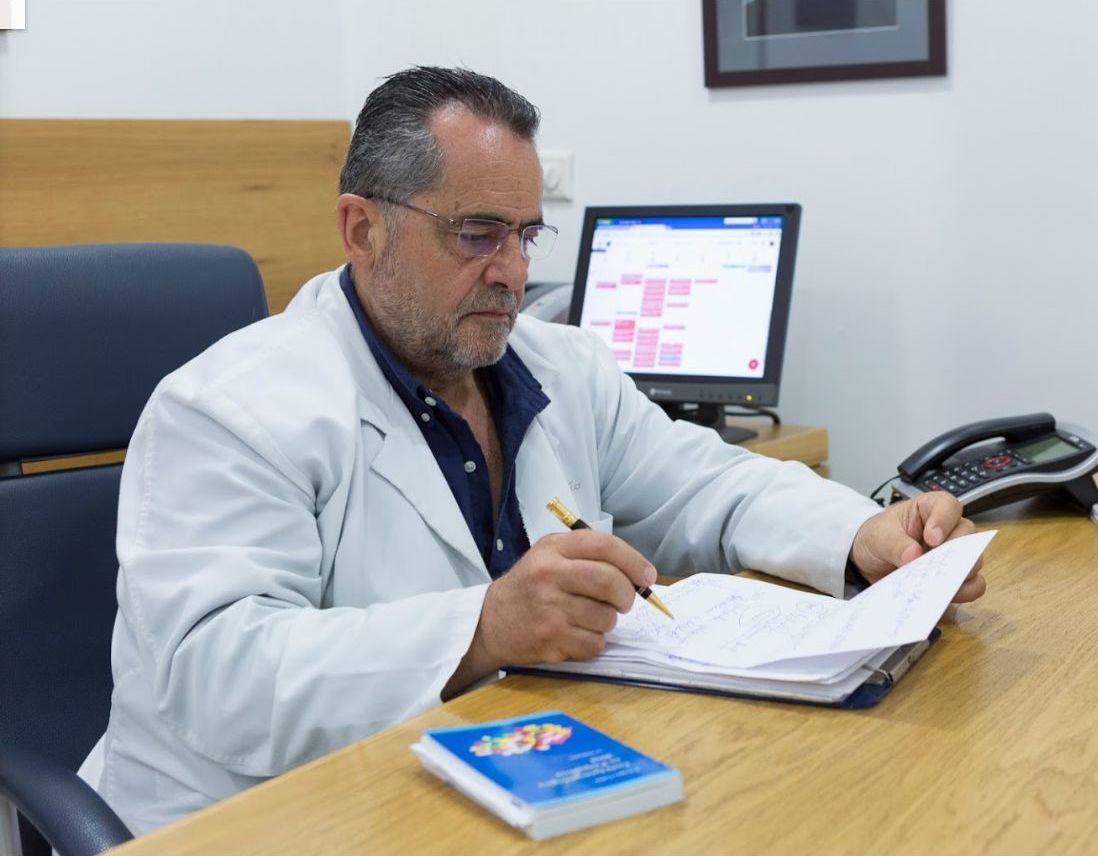 Foto 1 de Médicos especialistas Psiquiatría en Sevilla | Alfonso Prieto Rodríguez - Médico Psiquiatra