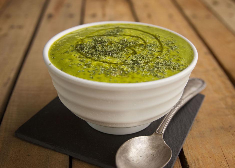 Crema verde de brócoli y espinacas