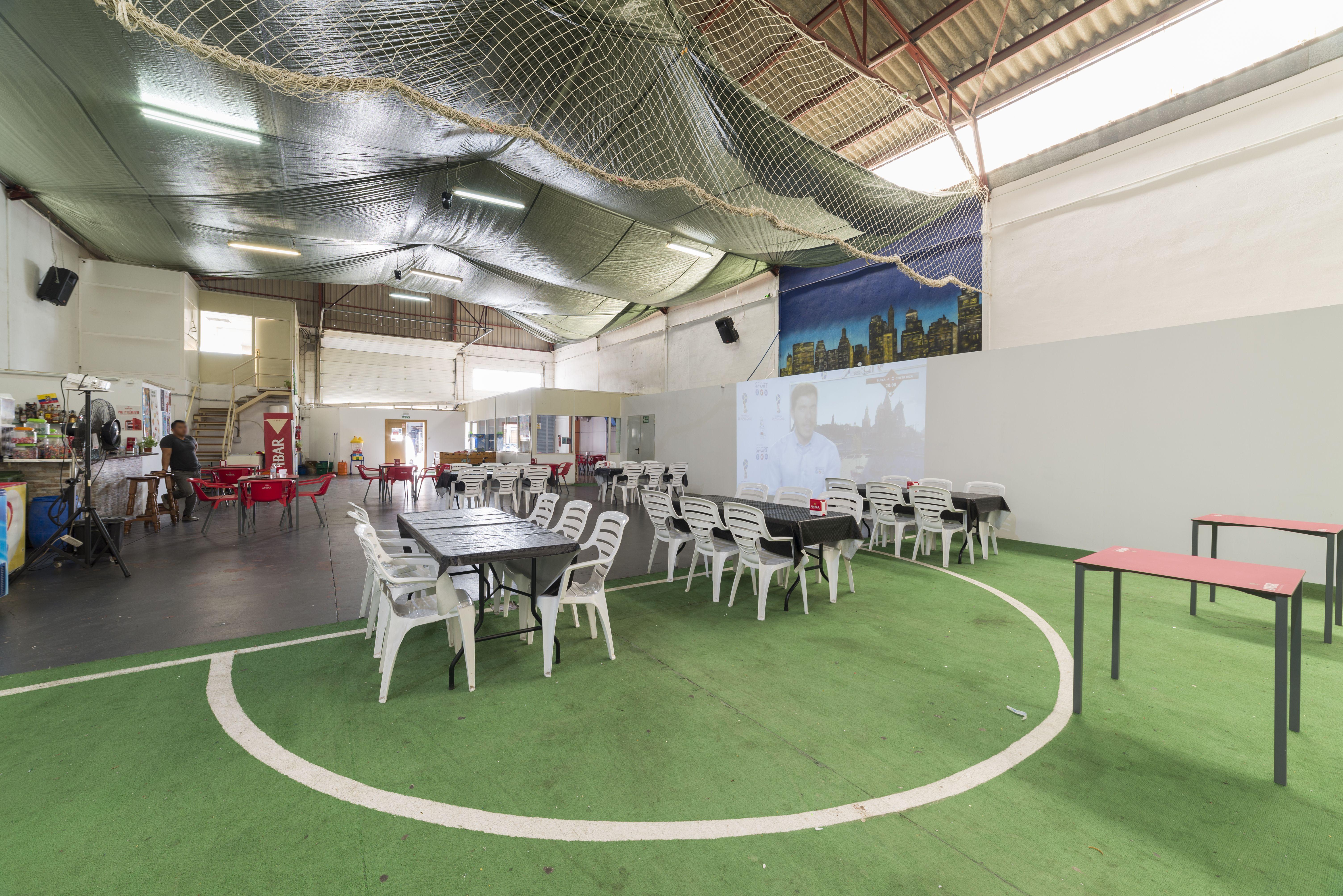 Espacio para eventos con proyector en Alicante