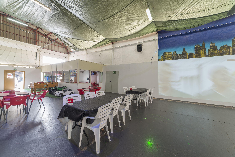 Espacio para eventos con zona de baile en Alicante