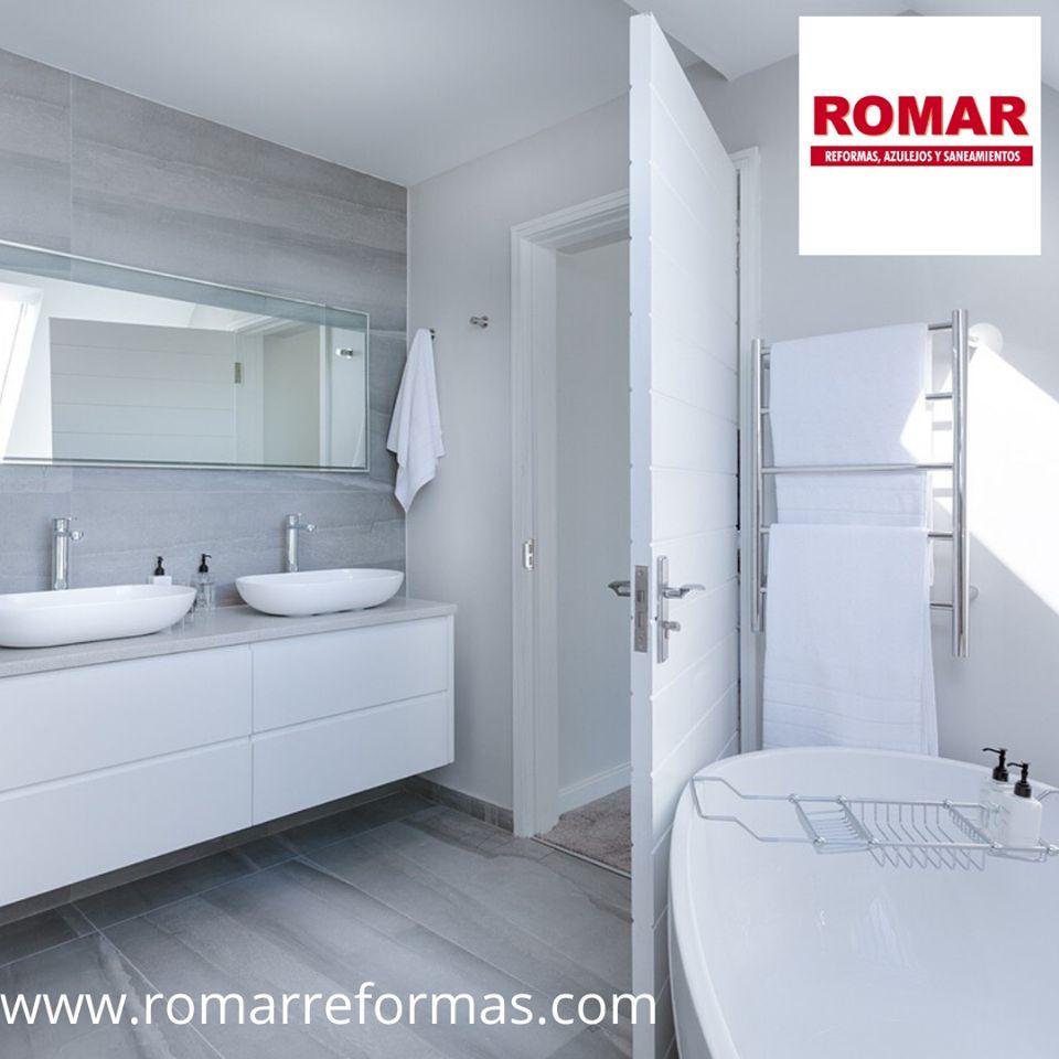 Baños pequeños, vintage, clásicos, modernos... En Romar os ayudamos a crear vuestro baño ideal con las mejores ideas que mejor se adapten a vuestros gustos y presupuestos. #reformasbaños #interiorismo #RomarReformas #diseñodeinteriores #Zaragoza