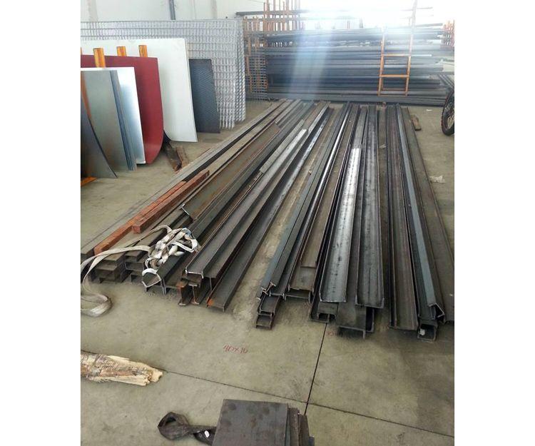 Venta de vigas de hierro en Bollullos Par del Condado