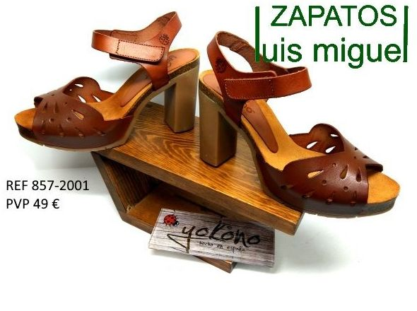 Foto 10 de venta de zapatos de señora y niños en piel en Alcorcón | Zapatos Luis Miguel