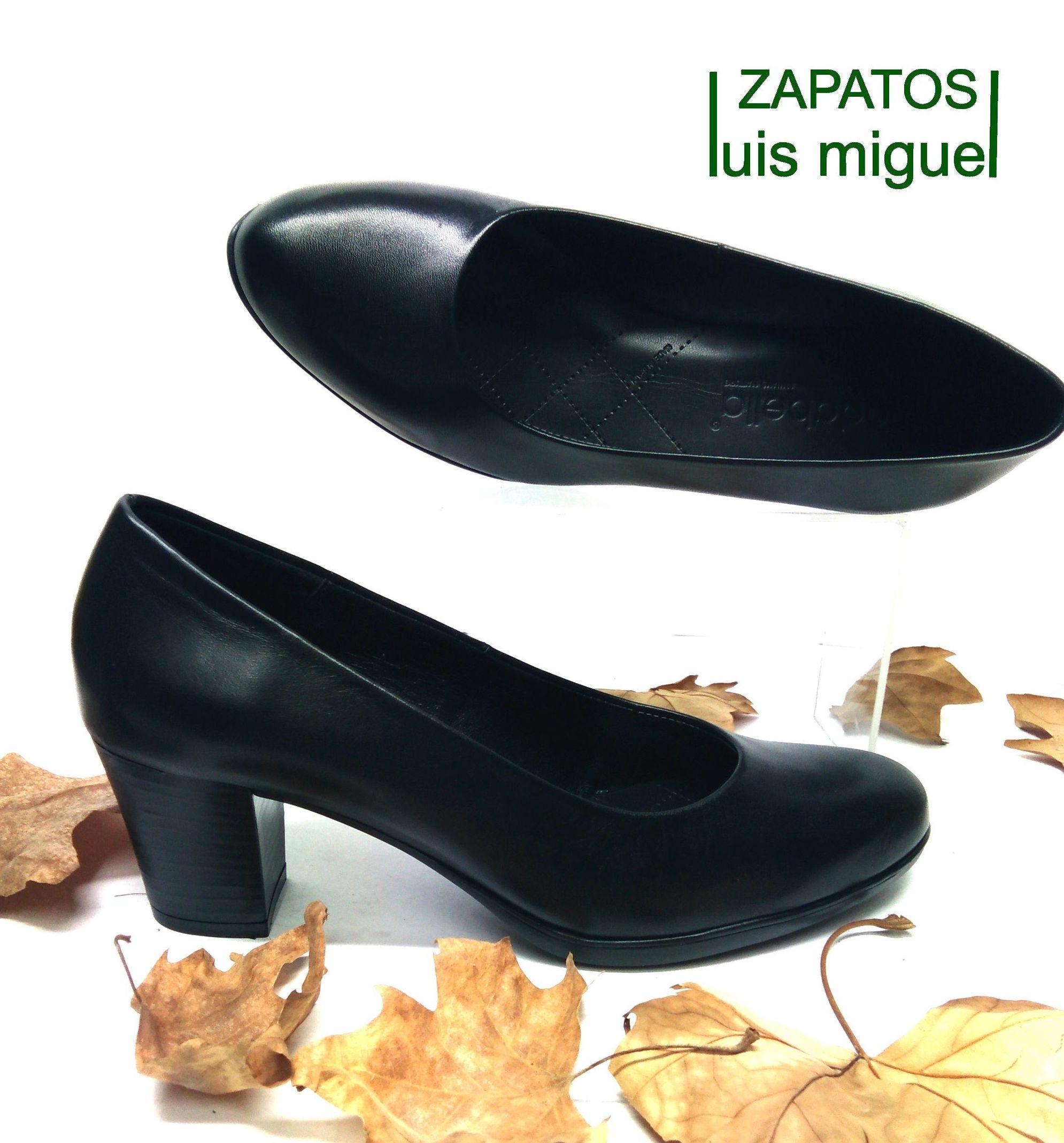 salon clasico: Catalogo de productos de Zapatos Luis Miguel