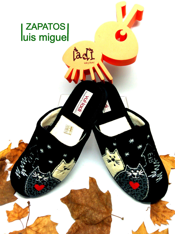 zapatillas de chica gatitos: Catalogo de productos de Zapatos Luis Miguel