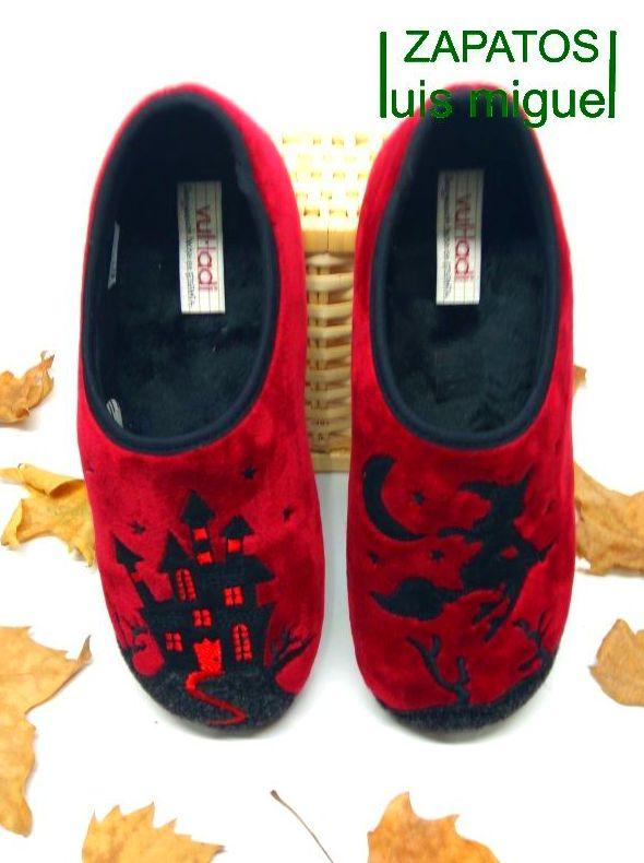 zapatillas halloween de burjas y castillos: Catalogo de productos de Zapatos Luis Miguel