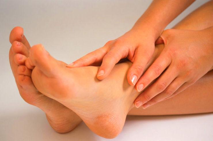 ¿Porque se hinchan los pies?
