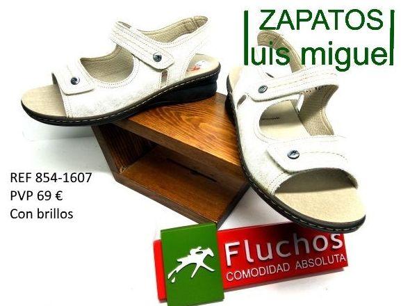 sandalias con velcro y plantillas extraibles fluchos: Catalogo de productos de Zapatos Luis Miguel