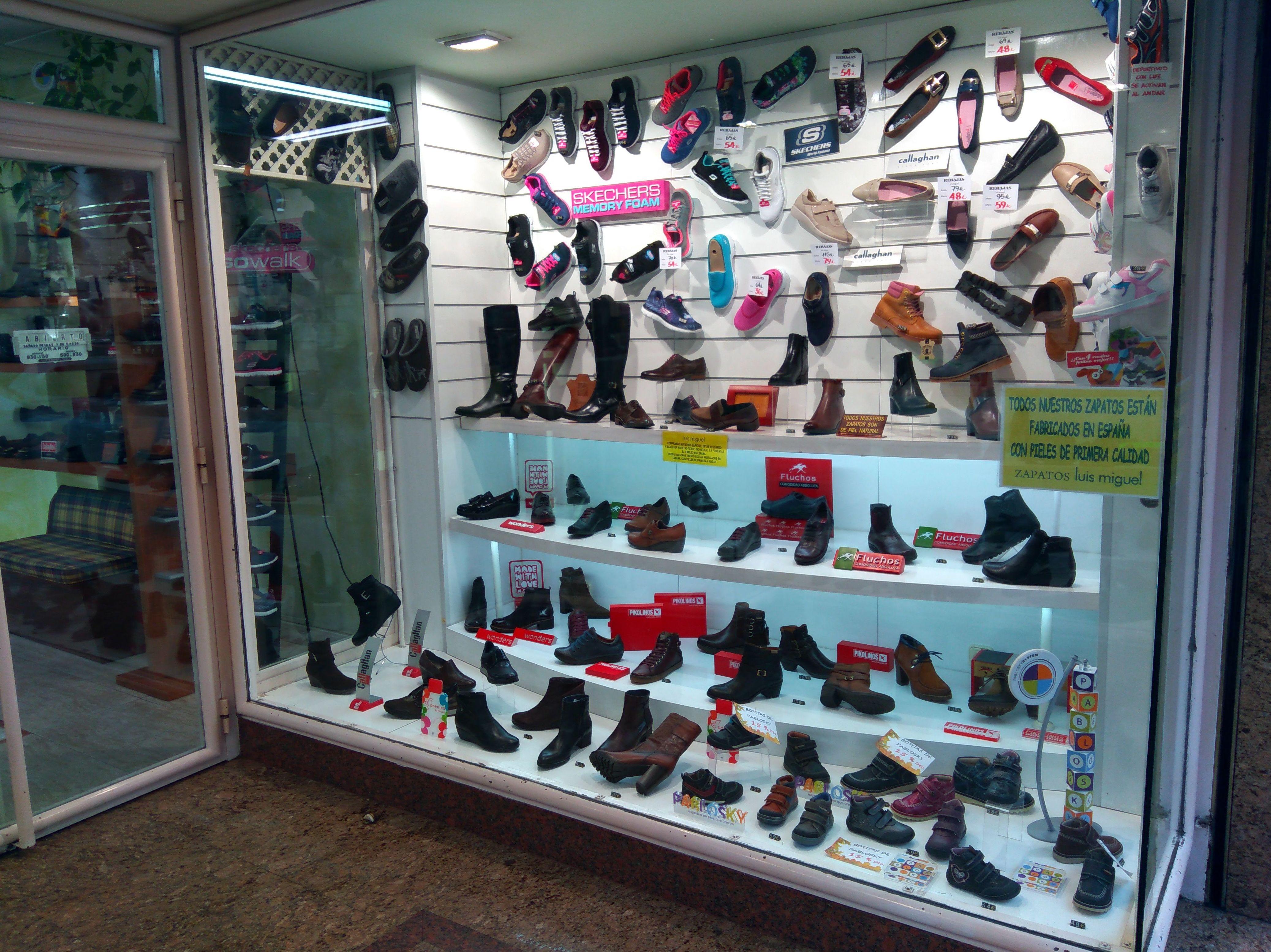 Foto 61 de venta de zapatos de señora y niños en piel en Alcorcón | Zapatos Luis Miguel